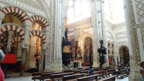 Fusion architecturale de la mosquée et de la cathédrale