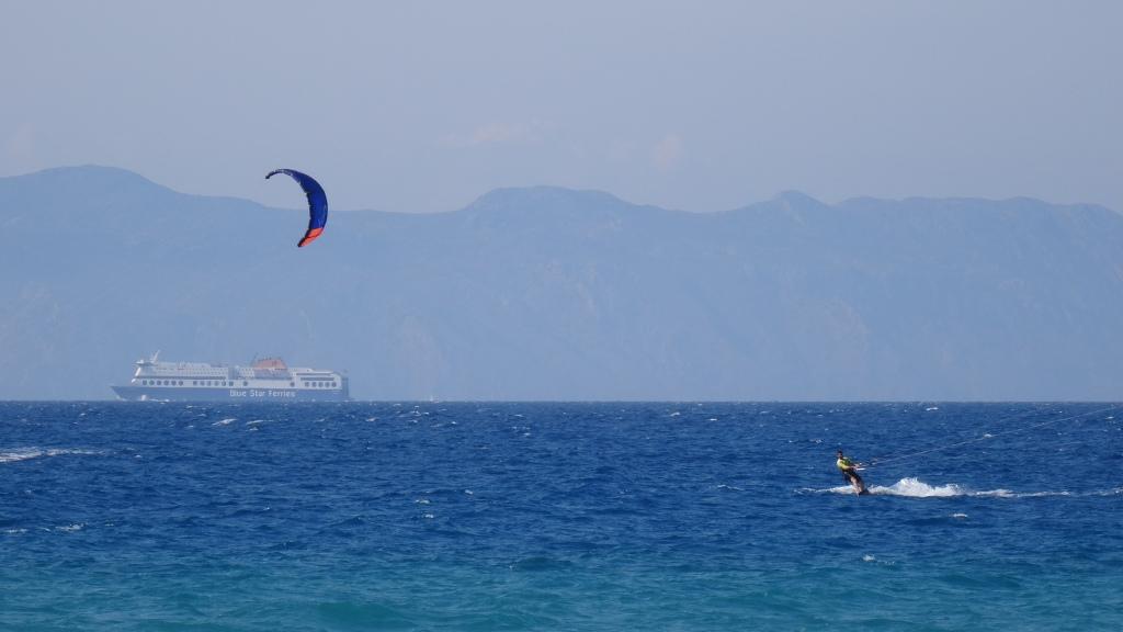 """""""Kite-surfing"""" à la plage de Ialysos"""