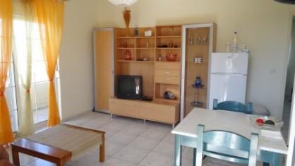 Notre apart de Ialysos, Île de Rhodes; salon et salle à manger