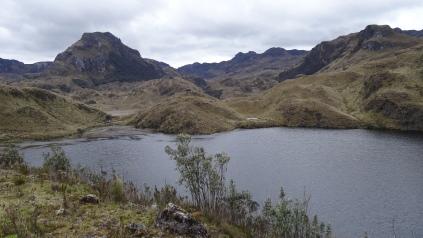 "La ""Laguna Llaviucu"""