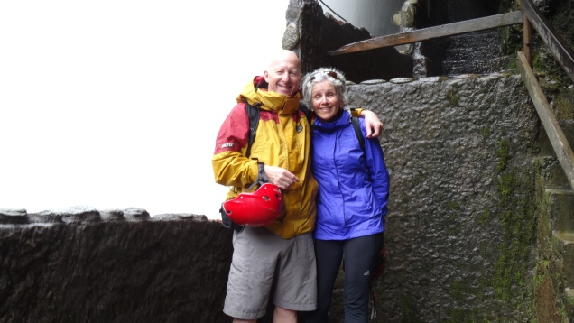 On a escaladé la chute sans trop se mouiller / We Climbed the Waterfall without Being too Wet