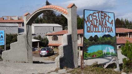 Petit hôtel à l'entrée du village / Small Hostel at the Village Entrance