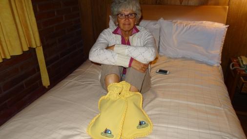 Bouillottes pour tenir le lit au chaud la nuit ! / Hot-water Bottle to keep the bed warm at night !