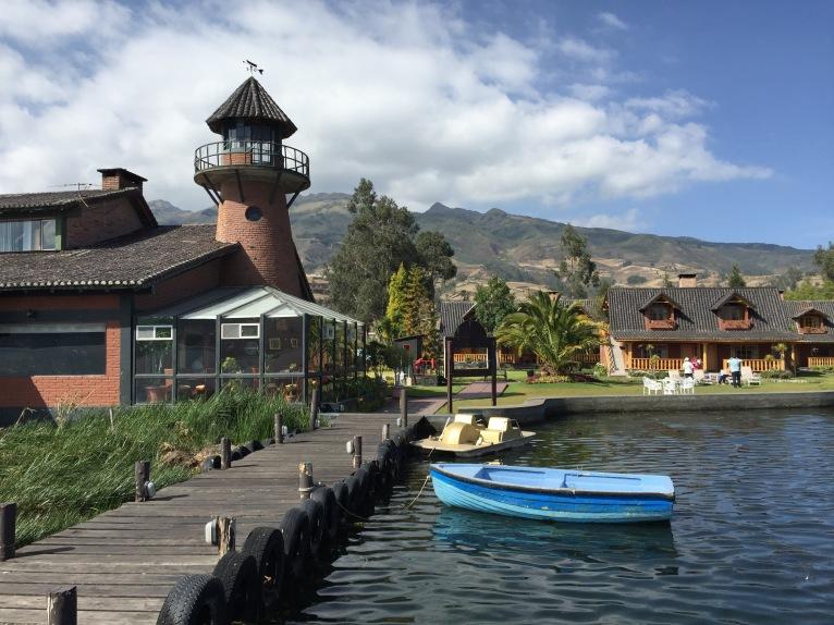 Hotel Puerto Lago