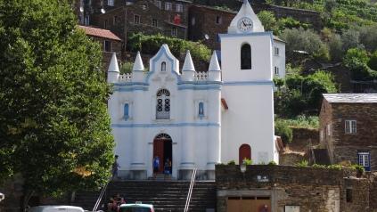 Église blanche de Piódão